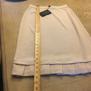 NWT St. John collection by Marie gray skirt size 6